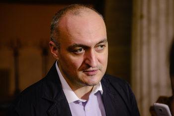 За лидера на ГЕРБ не трябва да има ограничение от три мандата, смята Цветомир Паунов