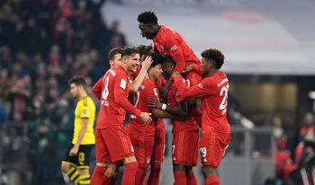 """""""Байерн"""" разгроми """"Дортмунд"""" в голямото дерби на Германия"""