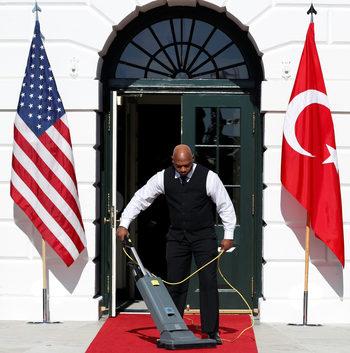 Тръмп за Ердоган и съпругата му: Те са много уважавани в страната си и региона