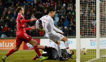 Роналдо стигна 99 гола за Португалия при класирането за Евро 2020