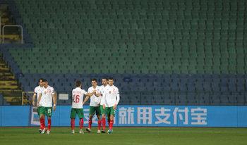 Фотогалерия: Футбол без емоции и публика – победата на България над Чехия