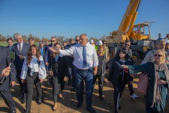 """Борисов към работещите на """"Хемус"""": Още веднъж ме скарайте с еколозите и ще видите какво ще ви направя"""