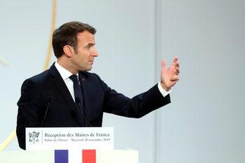 Все повече са призивите за стачка срещу пенсионната реформа във Франция