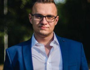 Хакерът Кристиян Бойков: Чиновници свалят пиратски софтуер, филми и порно