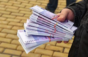 Българите са най-скептични в ЕС, че корупцията може да се накаже с глоби или съд