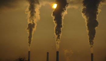Адвокат поиска от прокуратурата да търси виновните за мръсния въздух