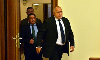 Независим прокурор да може да разследва главния, реши извънредно правителството