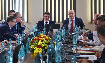 Венецианската комисия: Разследващият главния прокурор не трябва да е избран от прокурори