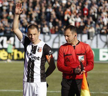 Снимка на деня: Сбогуването на Георги Илиев с футбола