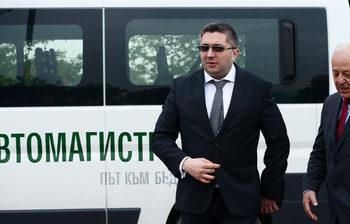 """Служебното ауди на зам.-министър Николай Нанков – собственост на """"ВиК Варна"""""""