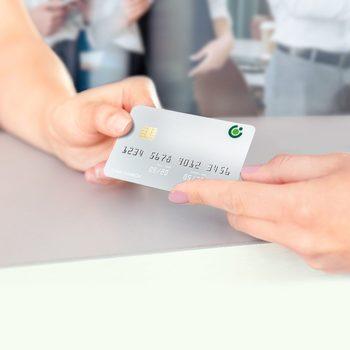 Започна доставката на новите карти с лого на Банка ДСК за клиенти на Експресбанк