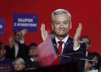 Полски лявоцентристи избраха хомосексуален евродепутат за кандидат за президент