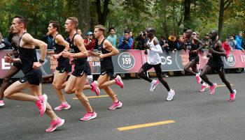 """""""Бързите"""" маратонки отговарят на изискванията въпреки новите правила"""