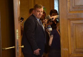 Предложих Емил Димитров за министър, защото е достатъчно енергичен, заяви лидерът на ВМРО
