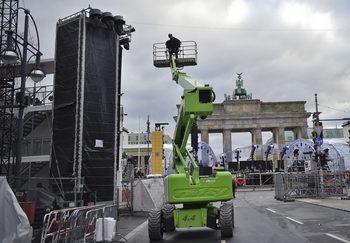 В Германия милиони едва свързват двата края