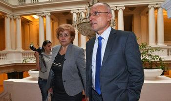 """Промяна в закона за курса """"лев – евро"""", внесена на тъмно, наложи обяснения постфактум"""