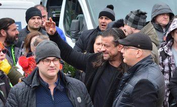 Фотогалерия: Протести блокираха центъра на София