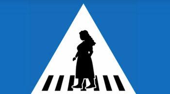 Женева бори неравенството между половете с пътни знаци с нарисувани жени