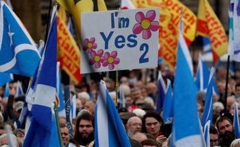 Заради Брекзит крехко мнозинство сред шотландците вече подкрепя независимостта