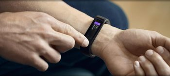 Smart часовник или гривна