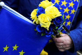 Източна Европа дава на Запада повече, отколкото взима