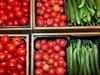 Блокадите по границите вдигнаха с 20% цени на плодове и зеленчуци