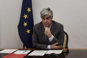 Финансовите министри на ЕС решават как да ползват 410 млрд. евро фонд за кризата