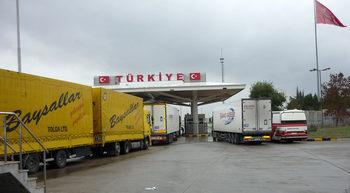 Вечерни новини: Хаос с товарния трафик към Турция, държавата ще поема плащания за работници от всички сектори