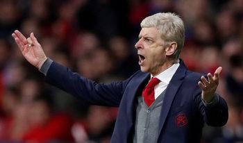 """""""Арсенал"""" обмисля да постави статуя на Венгер пред стадиона си"""