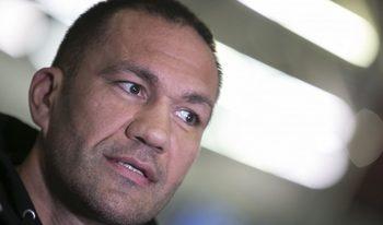 """Кубрат Пулев осъди неадекватността на политиците към """"опасното вирусче"""""""