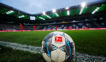 Германски вирусолог: Футболните стадиони трябва да останат празни една година