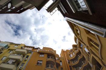 Пазарът на имоти в България е на пауза
