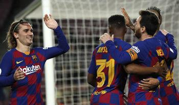 "Футболистите на ""Барселона"" се съгласиха да намалят драстично заплатите си"