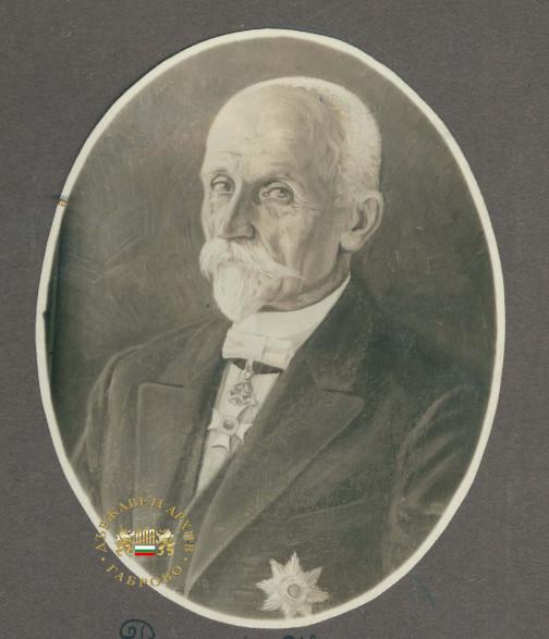 Райчо Каролев – първият директор на Априловска гимназия