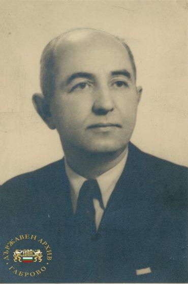 Проф. д-р Алекси Пухлев – един от доайените на българската медицина, родом от Габрово