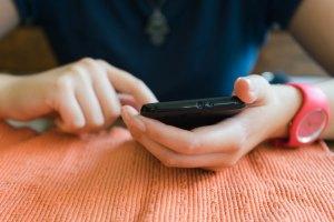 КРС разкри с колко се е увеличил трафикът през мобилни и фиксирани мрежи в България