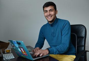 Enhancv пуска безплатно платформата си за останалите без работа