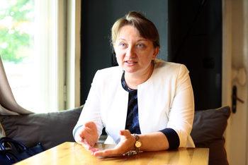 Какво отговори министър Деница Сачева на въпросите на бизнеса за схемата 60/40