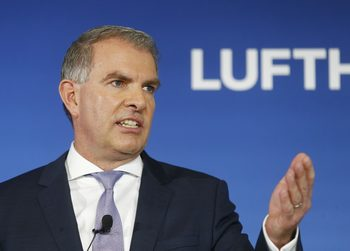 Lufthansa губи по 1 млн. евро на час, ще има нужда от държавна помощ