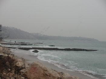 Образувани са две съдебни дела срещу издадената забрана за посещение на плажовете във Варна