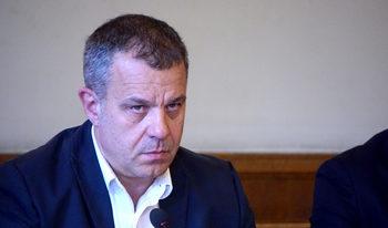 Кошлуков изолира от ефир Александра Гюзелева и Дими Стоянович за неясен период