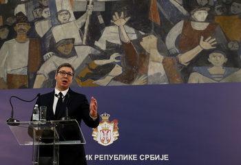 """""""Туитър"""" изтри над 8500 профила на партията на Вучич"""