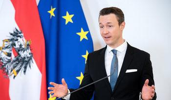 Австрия въвежда мораториум върху заемите за потребители и малки фирми