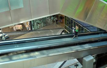 Половината наематели на търговски и логистични площи са спрели да плащат наемите