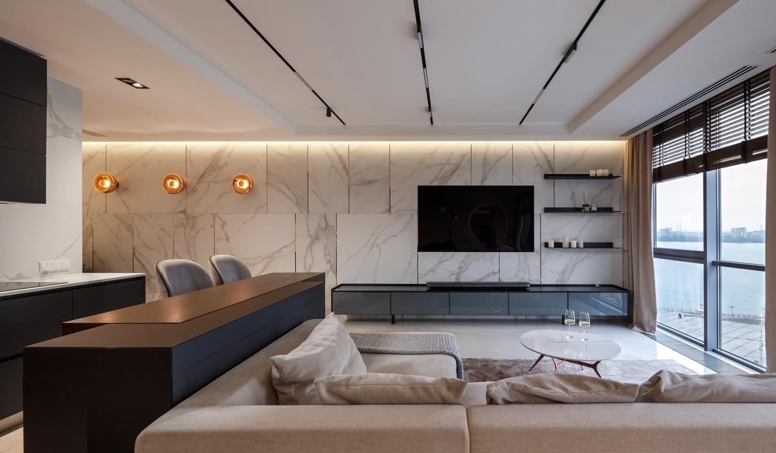 Модерен и просторен апартамент на два етажа с изглед към Черно море [110 м²]