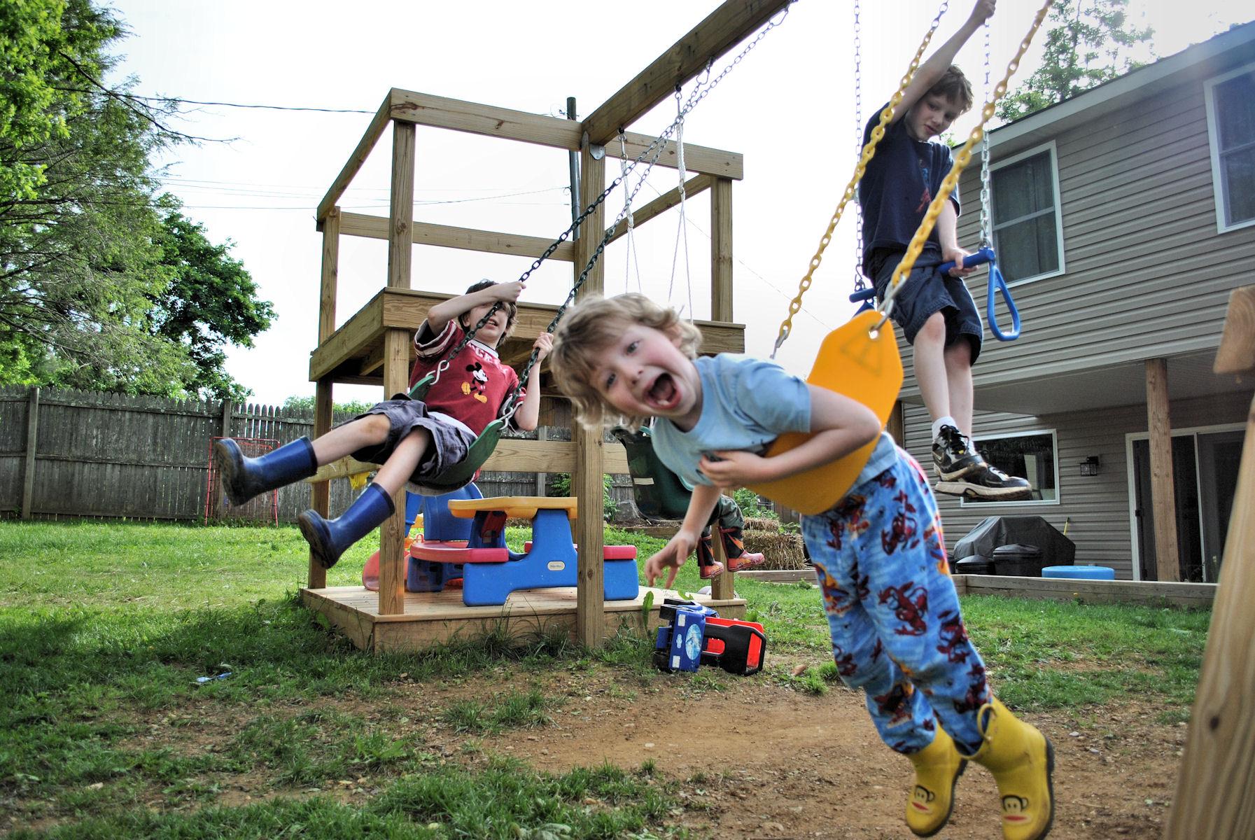 Как да превърнем двора в невероятно място за почивка за цялото семейство?