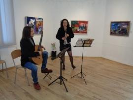 Музикантката Велислава Пежгорска с живописна изложба в Градската галерия